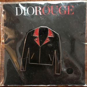 DioRouge Pin